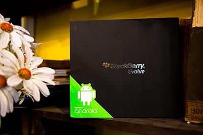 Hộp sản phẩm BlackBerry Evolve sắp ra mắt tại Việt Nam.