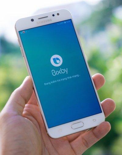 Trợ lý ảo Bixby cũng có mặt trên Samsung Galaxy J7 Plus
