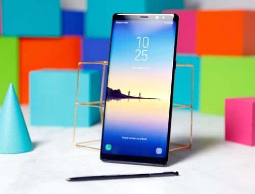 màn hình vô cực trên Samsung Galaxy Note 8