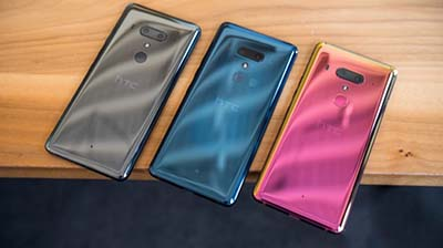 HTC U12 Plus với ba tông màu nổi bật.