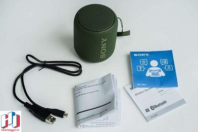 Giấy hướng dẫn và phụ kiện kèm theo của Sony SRS-XB10.