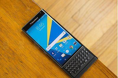 man-hinh-blackberry-priv