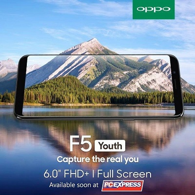 Camera chính bị giảm còn 13MP khẩu độ f2.2 trong khi camera phụ là 16MP khẩu độ f2.0