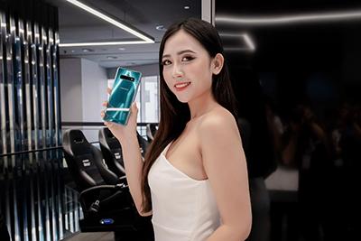 Samsung Galaxy S10+ ra mắt