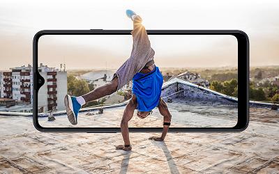 Công nghệ màn hình Infinity-V được tích hợp trên Samsung Galaxy A20s.