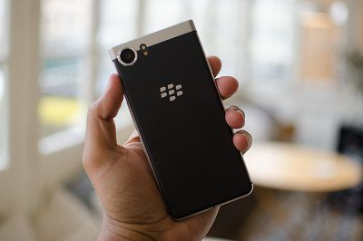 thiet-ke-blackberry-keyone-3