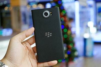 thiet-ke-blackberry-priv-4