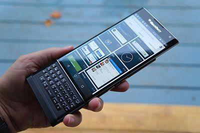 thiet-ke-blackberry-priv