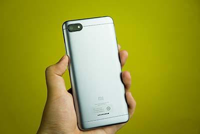 Mặt sau của Xiaomi Redmi 6A.