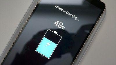 Chức năng sạc không dây được tích hợp trên Xiaomi Mi 7