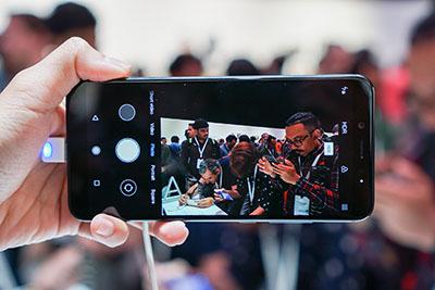 Giao diện camera trên Xiaomi Mi A2