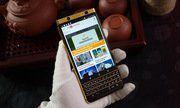 BlackBerry KeyOne mạ vàng giá 139 triệu đồng