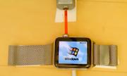 Windows 95 chạy trên đồng hồ Apple Watch
